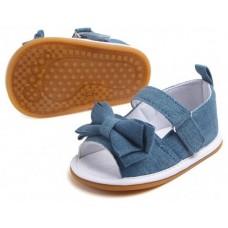 Sandalute fetite-albastre
