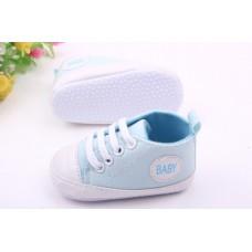 Tenisi bleu bebelusi